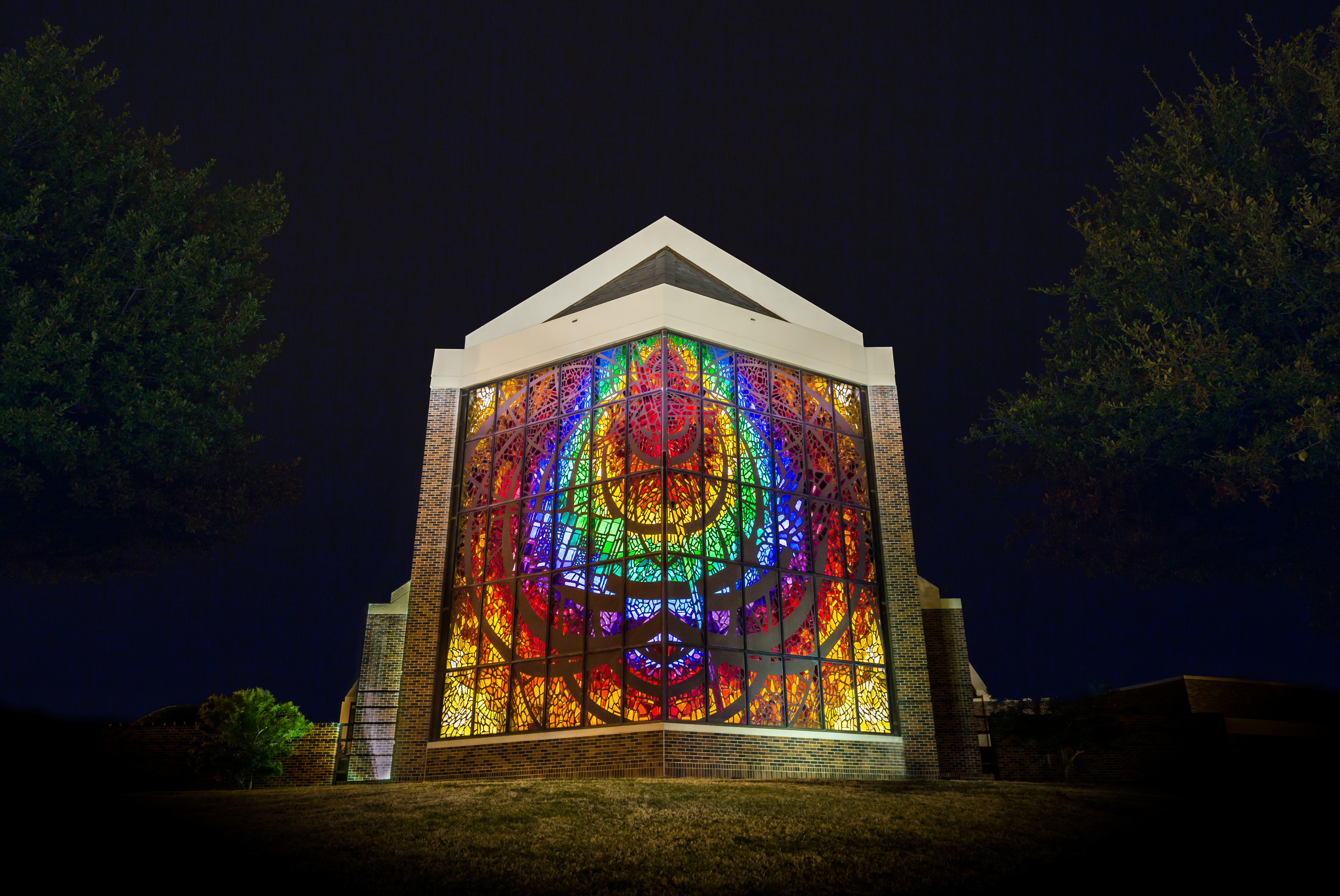 Hardin_Simmons_Stained_Glass.jpg